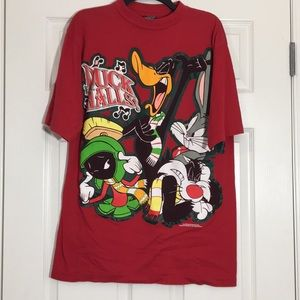 VINTAGE 90s Looney Tunes Christmas Shirt